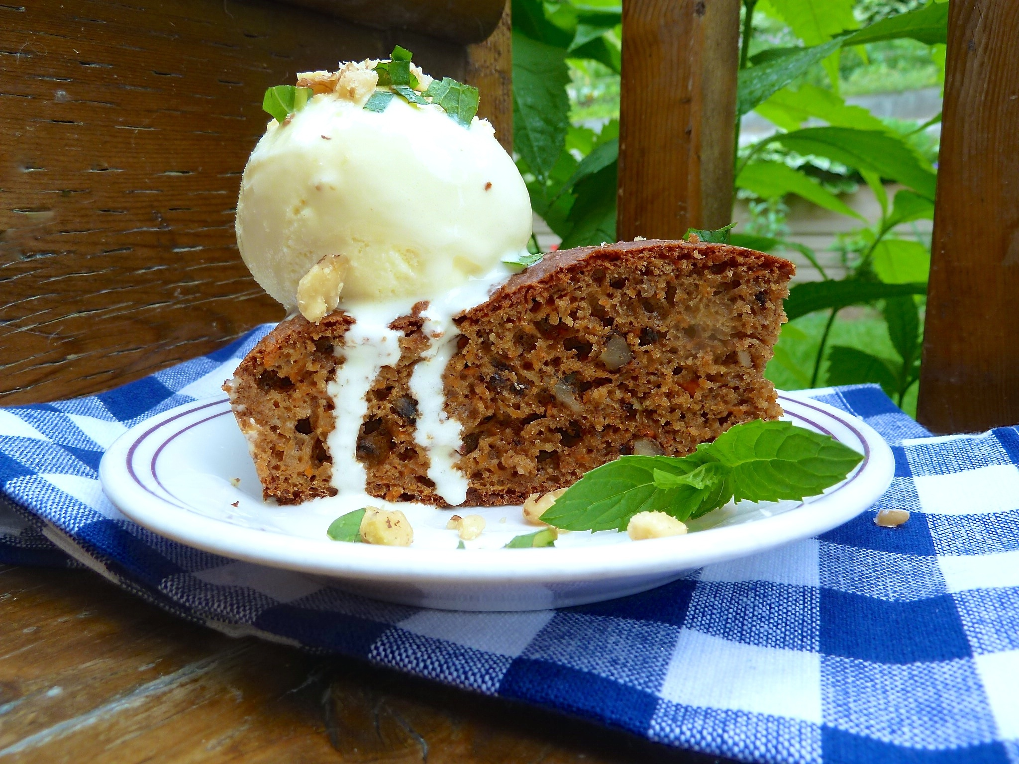 Should You Use Plain Flour For Carrot Cake